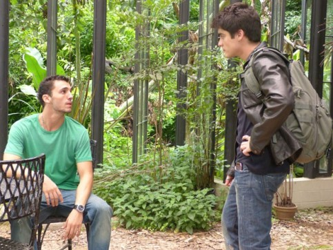 Sal não para de aprontar para seu irmão (Foto: Malhação / Tv Globo)