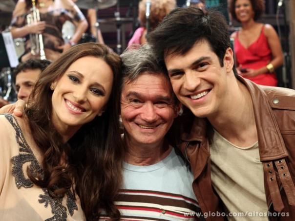 Mateus Solano participa do programa de hoje (Foto: TV Globo)